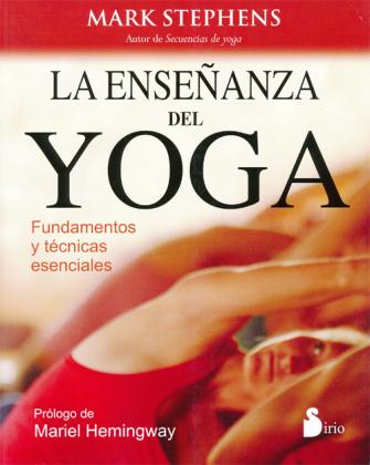 teaching yoga  in spanish  mark stephens yoga