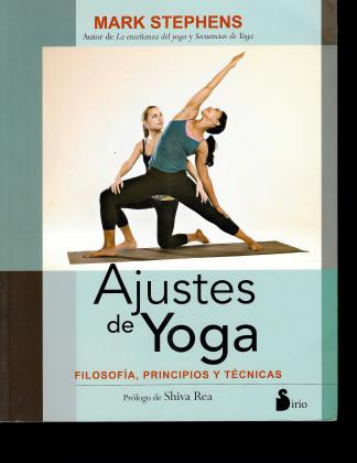 Yoga Adjustments cover in Spanish