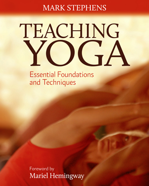 Teaching Yoga book cover